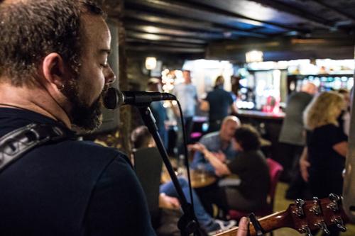 Drovers Inn Live Music